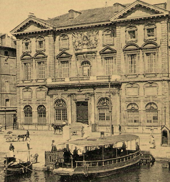 http://www.provence-insolite.org/marseille/images/mairie_ferry_old.jpg